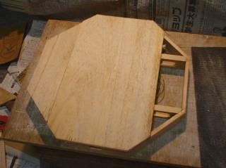 表面板(1)